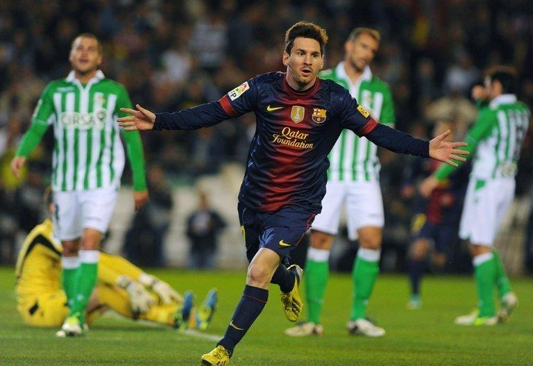 Messi scored his 86th goal of 2012 on Sunday, setting a new record