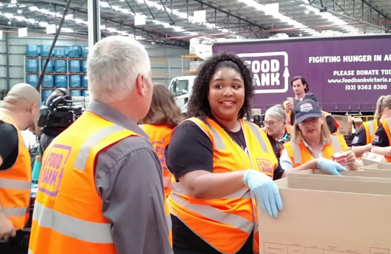 Lizzo lends a hand. Photo: Foodbank Victoria