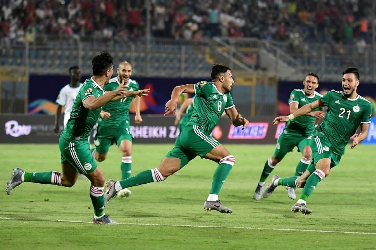 Youcef Belaili (C) struck the winner as Algeria beat Senegal 1-0 in the group phase in Egypt (AFP Photo/JAVIER SORIANO)