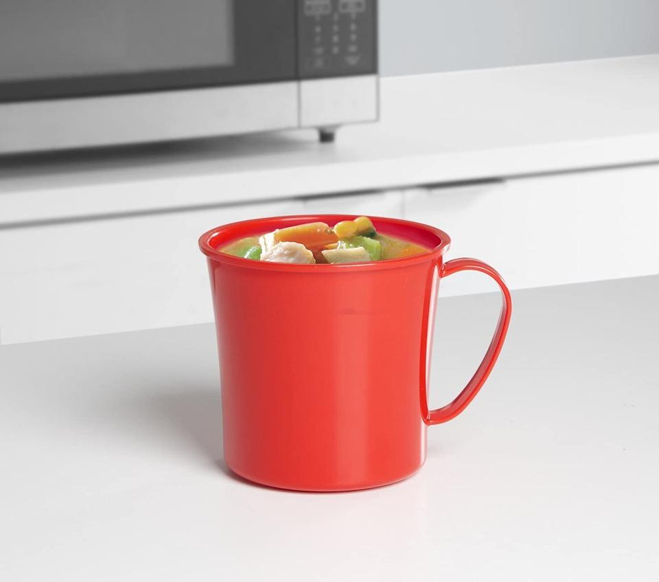 """It'llfinally make it possible to bring soup leftovers to work without messes and spills!These BPA-free mugs are dishwasher-, microwave- and freezer-safe.<br /><br /><strong>Promising Review:</strong>""""AWESOME!!! I use this to heat my entire can of chunky soup at work. The vented lid keeps soup from splattering all over the microwave. The handle does not get hot so I can hold it to eat immediately. The vent can also be closed to form a tight seal to put in the fridge if you want to save the rest for later or throw it back in your lunch bag without worrying about keeping it upright or spilling. I'm buying one for all of my co-workers for Christmas. You can't beat the price!"""" —<a href=""""https://www.amazon.com/gp/customer-reviews/R3VKX7EF4A8J27?&linkCode=ll2&tag=huffpost-bfsyndication-20&linkId=773e83778b5571f42a70454ecea73ea1&language=en_US&ref_=as_li_ss_tl"""" target=""""_blank"""" rel=""""noopener noreferrer"""">Thrifty Mom</a><br /><br /><strong>Get it from Amazon for <a href=""""https://www.amazon.com/Sistema-Microwave-Collection-Soup-Medium/dp/B005D6Y1OM?&linkCode=ll1&tag=huffpost-bfsyndication-20&linkId=7f47cd50d724e6008973bea0b8587539&language=en_US&ref_=as_li_ss_tl"""" target=""""_blank"""" rel=""""noopener noreferrer"""">$7.49</a>.</strong>"""