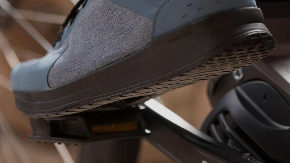 Shimano commuter pedal