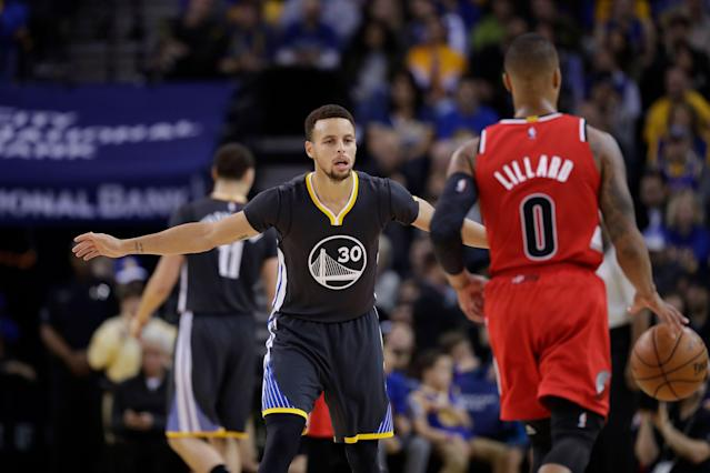 Stephen Curry and the Warriors await the Trial Blazers. (AP)