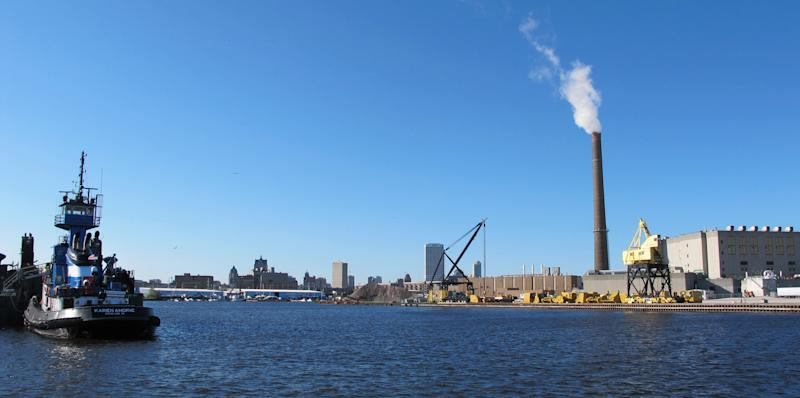 Great Lakes region pins economic hopes on water