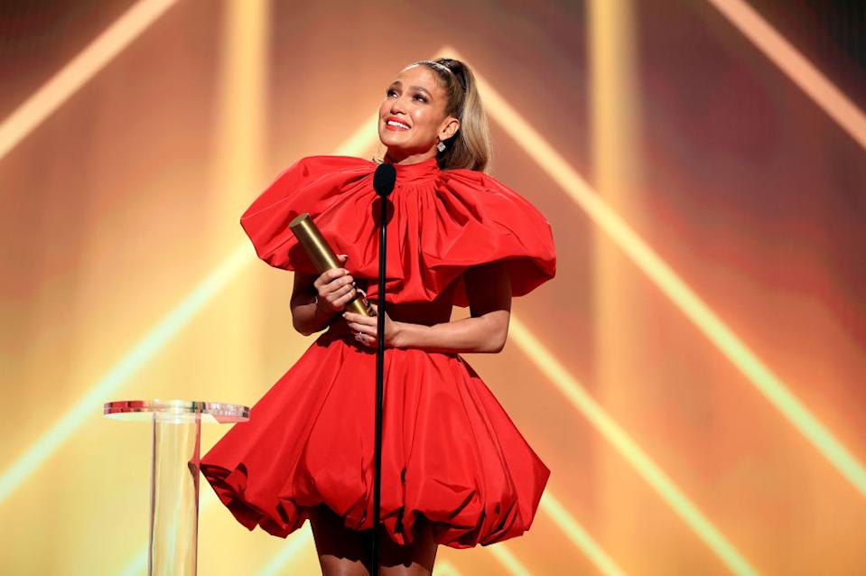Jennifer Lopez broke down in tears after getting a sweet tribute from her twins while collecting the 2020 E! People's Choice Award. (Getty Images)