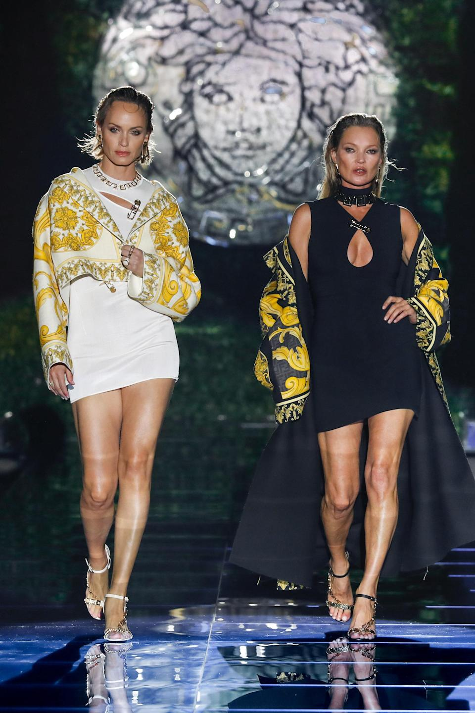 Amber Valletta and Kate Moss at the Versace X Fendi Collaboration Pre-Fall 2022. - Credit: Aitor Rosás Suné/WWD