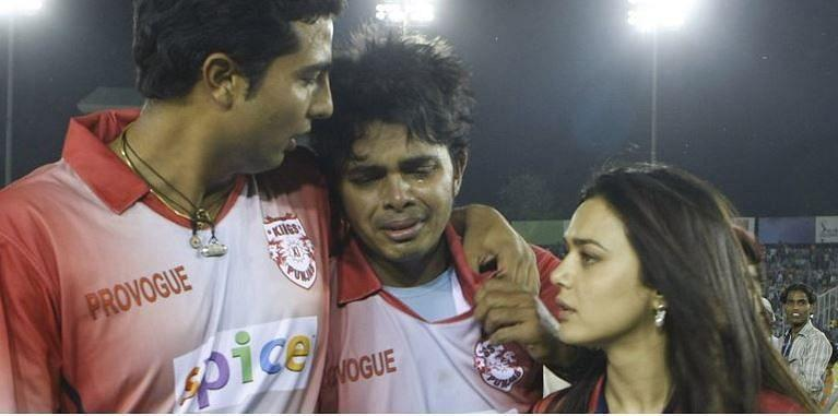 Sreesanth was inconsolable after being slapped by Harbhajan Singh in the 2008 IPL