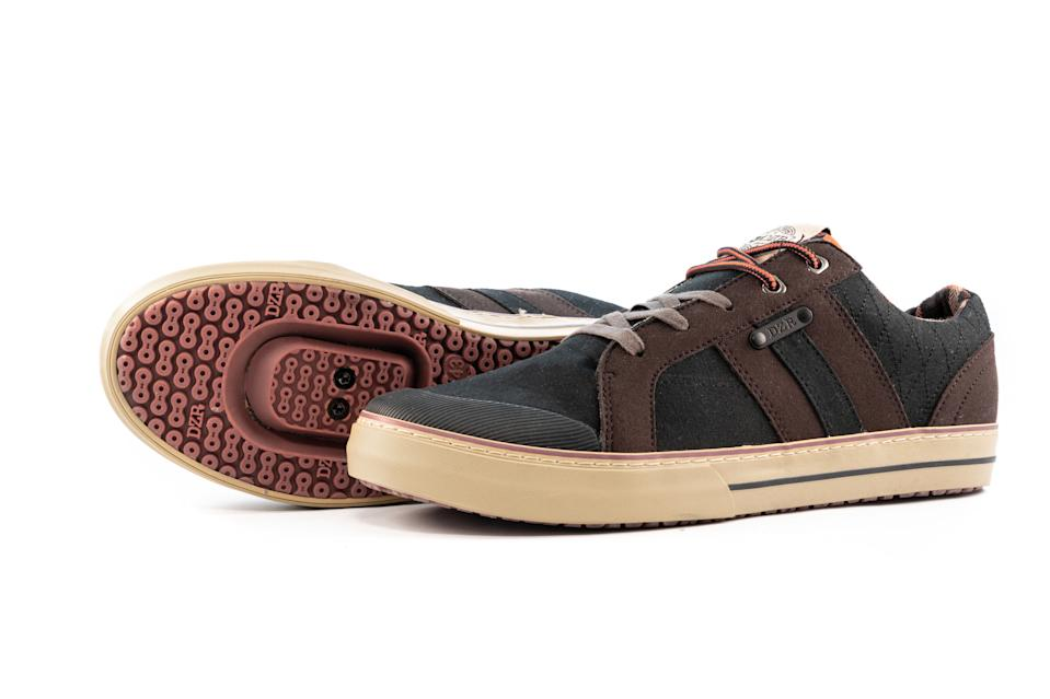DZR's Cove Timber is a stylish casual shoe, with can ride clipped-in.