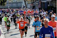 "<p>According to rules for the <a href=""https://help.nyrr.org/tcsnycmarathon/s/article/what-are-nyrrs-rules-of-competition1"" rel=""nofollow noopener"" target=""_blank"" data-ylk=""slk:New York City Marathon"" class=""link rapid-noclick-resp"">New York City Marathon</a>, clothes should be form fitting and not bulky. </p>"