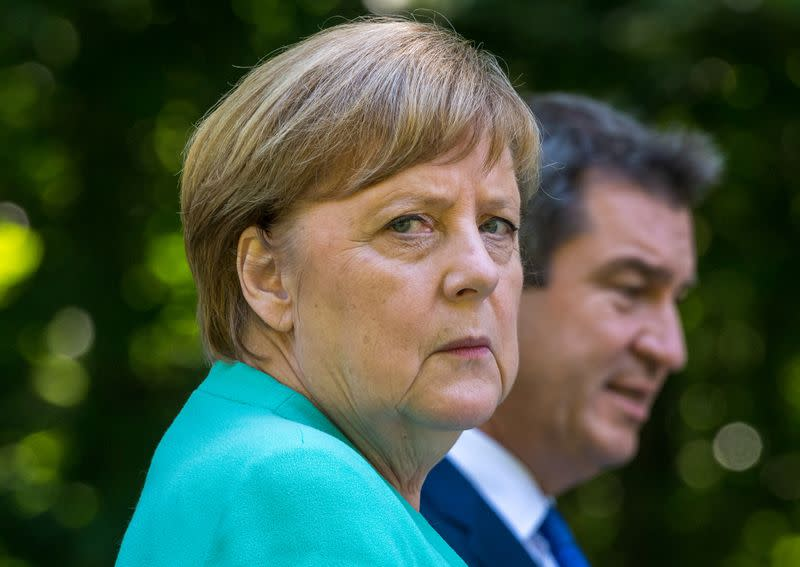 Merkel: Belarusian government must avoid violence and start national dialogue