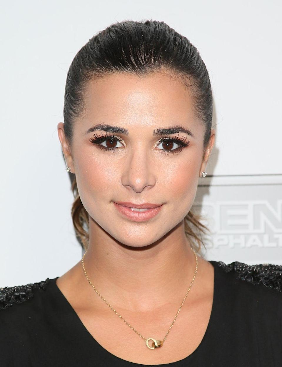 """<p>Loren joined the cast as FBI agent Michelle Vega in season 7. """"Tom (executive producer of <em>The Mentalist</em>) called me the day before I started shooting the very first episode, and he let me know what was in store for Vega, and in that phone call, he also laid out her storyline for me,"""" the actress revealed to <em><a href=""""https://www.hollywoodreporter.com/live-feed/mentalist-michelle-vega-dies-769728"""" rel=""""nofollow noopener"""" target=""""_blank"""" data-ylk=""""slk:The Hollywood Reporter"""" class=""""link rapid-noclick-resp"""">The Hollywood Reporter</a></em>. """"So I knew everything that was going to happen before I stepped on the set.""""</p>"""