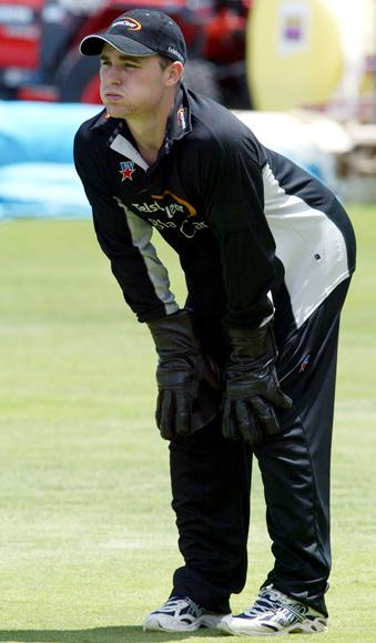 AUCKLAND, NEW ZEALAND - DECEMBER 24:  New Zealands Brendon McCullum at practice ahead of the first of seven One Day International cricket matches between the New Zealand Black Caps and India. The first match is to be played at Eden Park on Boxing day.  (Photo by Michael Bradley/Getty Images)