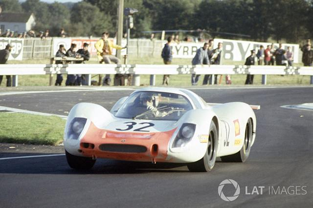 "Vic Elford, Gerhard Mitter, Porsche 908 <span class=""copyright"">LAT Images</span>"
