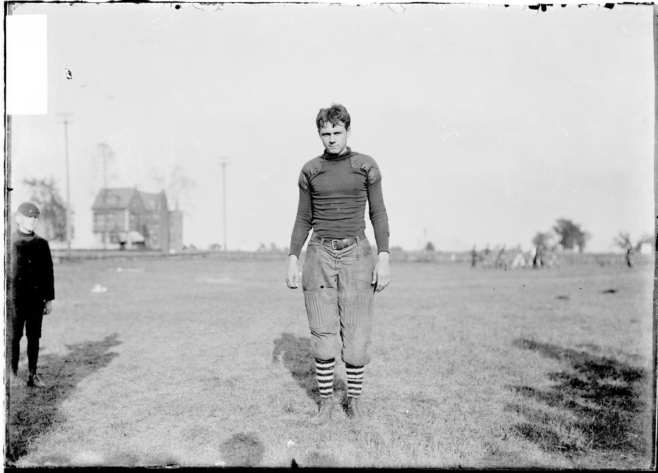 High school sports in the United States have come a long way since the early 1900s. (Photo by Chicago Sun-Times/Chicago Daily News collection/Chicago History Museum/Getty Images)