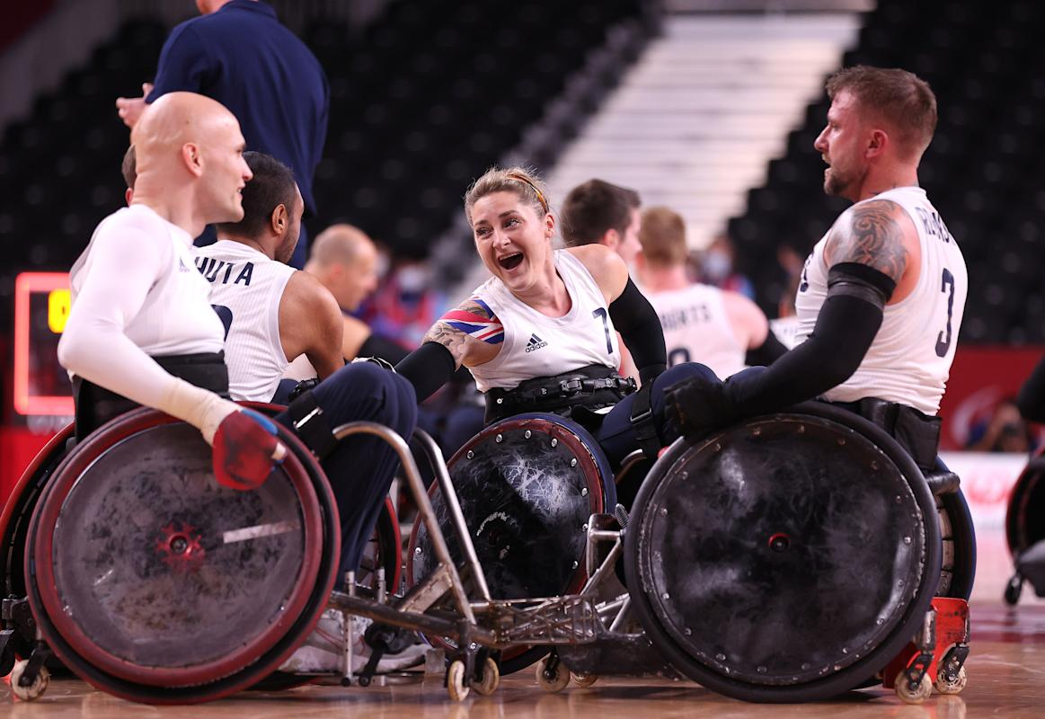 Kylie Grimes becomes first woman to win gold in mixed gender wheelchair rugby at Tokyo Paralympics - Yahoo Sports