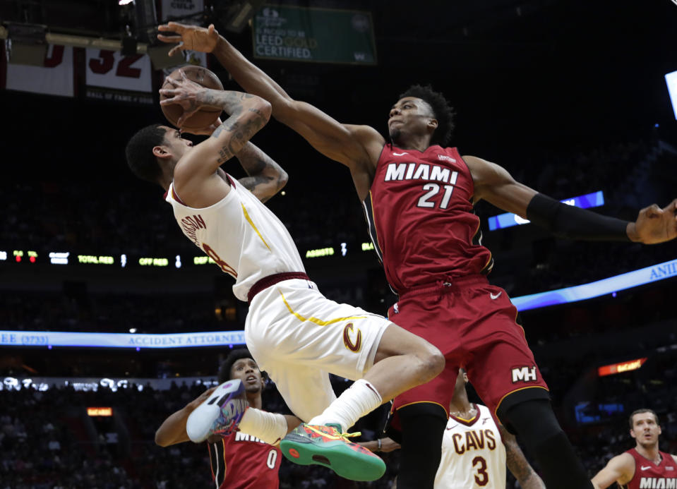 Hassan Whiteside(圖右).(AP Photo/Lynne Sladky)