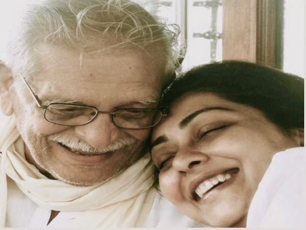 Gulzar with his daughter Meghna Gulzar (Image source; Instagram)