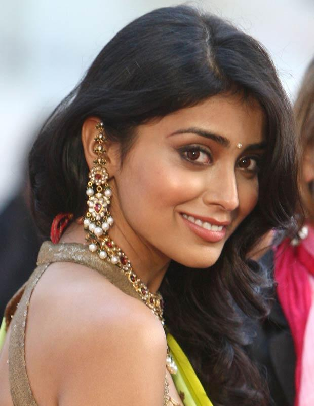 So where does Shriya come into the picture? Shriya and Rana were friends right from their college days and it was only normal for him to go out with her when in Mumbai. He says he has never dated Shriya at all.    The rumours are not making Shriya happy too.