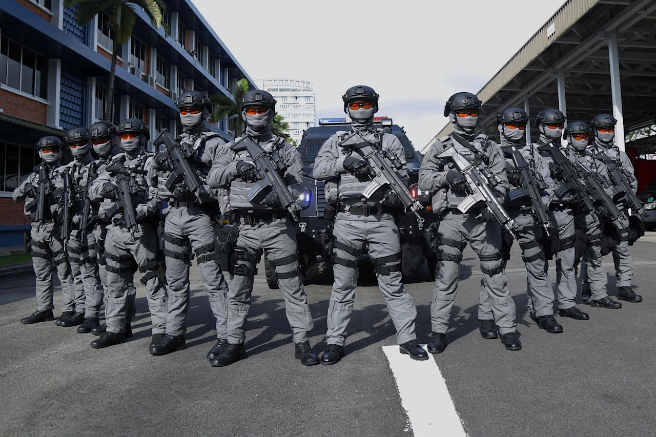 <p>Gurkha Contingent officers putting on a demonstration of their counter-terrorism response capabilities. (PHOTO: Dhany Osman / Yahoo News Singapore) </p>
