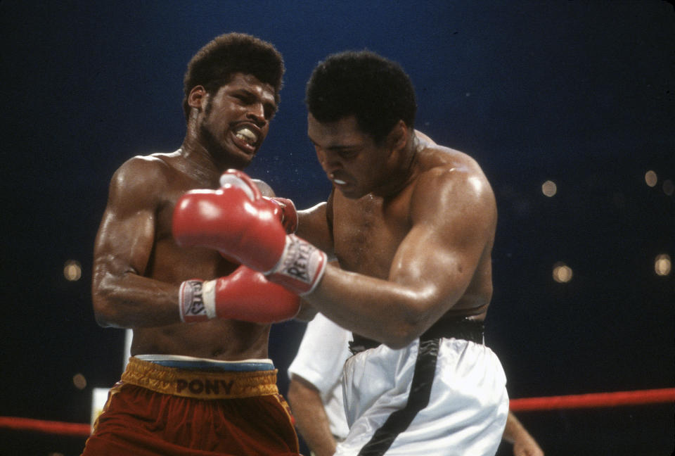 NEW ORLEAN, LA - SEPTEMBER 15: Muhammad Ali (R) and Leon Spinks (L) exchange punches during the WBA Heavyweight Title fight September 15, 1978, at the Louisiana Superdome in New Orleans, Louisiana. (Photo by Focus on Sport/Getty Images)