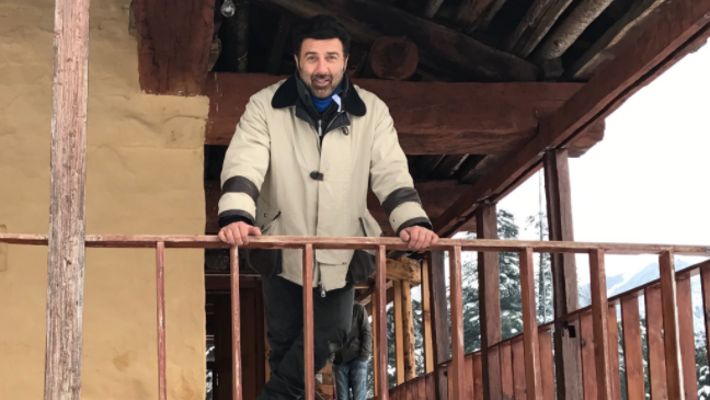 Sunny Deol Shooting for Son Karan's Debut Film in Manali