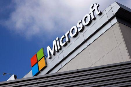 A Microsoft logo is seen a day after Microsoft Corp's (MSFT.O) $26.2 billion purchase of LinkedIn Corp (LNKD.N), in Los Angeles