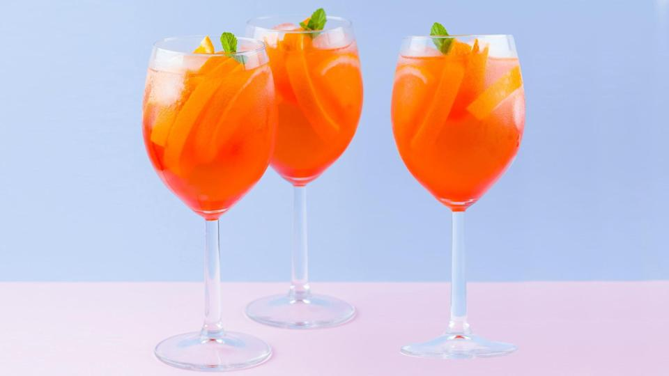 aperol-spritz-cocktail