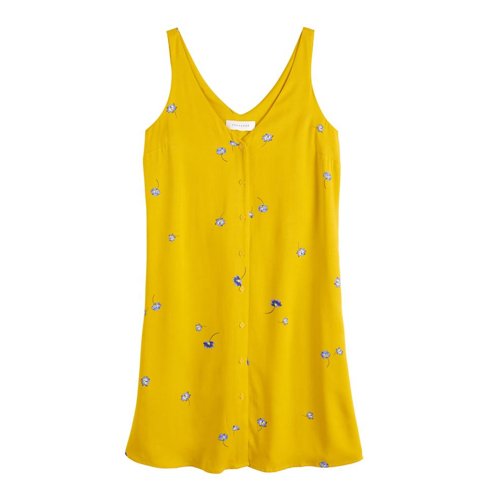 """<p>""""This <a href=""""https://www.popsugar.com/buy/POPSUGAR-Button-Front-Dress-459758?p_name=POPSUGAR%20Button-Front%20Dress&retailer=kohls.com&pid=459758&price=37&evar1=fab%3Aus&evar9=46477127&evar98=https%3A%2F%2Fwww.popsugar.com%2Ffashion%2Fphoto-gallery%2F46477127%2Fimage%2F46477260%2FTransitional-Dress&list1=shopping%2Cdresses%2Cstyling%20tips%2Coutfits%2Coutfit%20ideas%2Caffordable%20shopping&prop13=mobile&pdata=1"""" rel=""""nofollow"""" data-shoppable-link=""""1"""" target=""""_blank"""" class=""""ga-track"""" data-ga-category=""""Related"""" data-ga-label=""""https://www.kohls.com/product/prd-3754553/womens-popsugar-button-front-dress.jsp?color=Floating%20Floral&amp;prdPV=5"""" data-ga-action=""""In-Line Links"""">POPSUGAR Button-Front Dress</a> ($37, originally $50) is so lightweight and breezy for Summer; I would wear it now with textured slides, nude sunglasses, a mini top-handle bag, and layered bracelets. For Fall, I'll layer on a chunky, oversize cream cardigan and swap for low-heeled boots and a croc-effect bag."""" - Dana Avidan Cohn, executive style director</p>"""