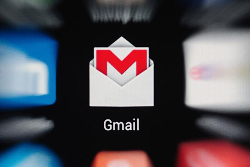 Gmail Finally Gets Dark Theme for Android 10 and iOS 13