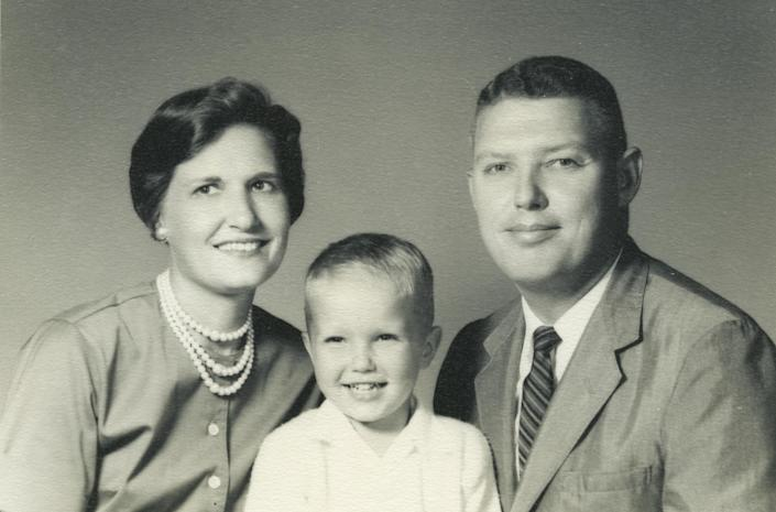 L-R: The Hewitt family, Millie, Tim and Tom, in a photo taken in Miami around the time of the Cuban missile crisis. (Photo: Courtesy Hewitt family)