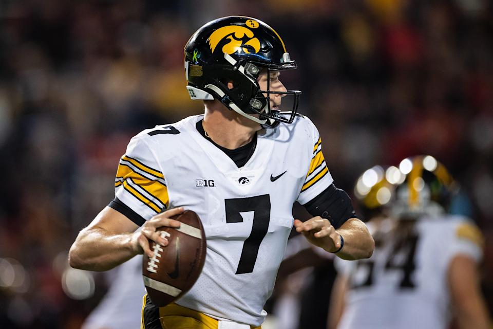 Spencer Petras threw for 259 yards and 3 TDs in Iowa's 51-14 win over Maryland last week.