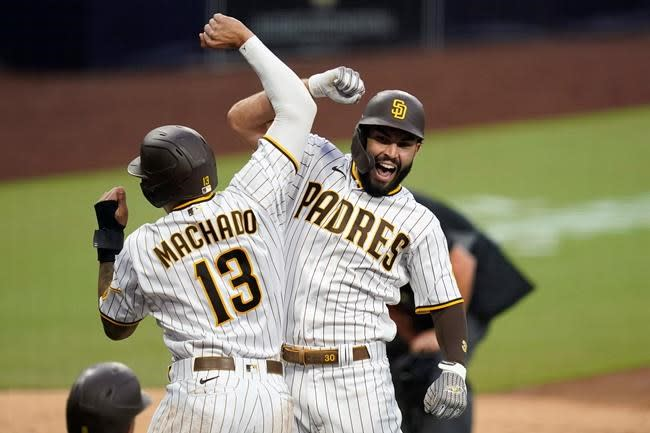 Crawford, Gonzales lead Mariners to 8-3 win over Padres