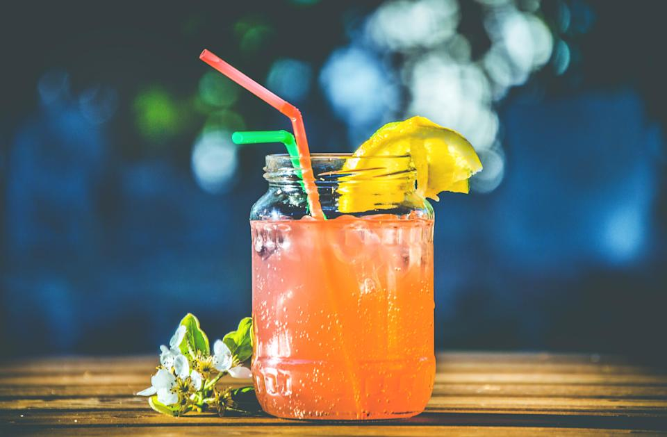 Hangover-free cocktails will have the same effect as alcohol on the brain without damaging the liver [Photo: Pexels]