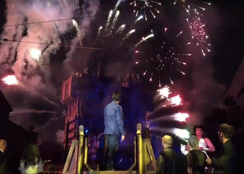 <p>Del Toro cues the official opening of Mission: Breakout! during the May 25 opening ceremonies. (Photo: Marcus Errico/Yahoo Movies) </p>