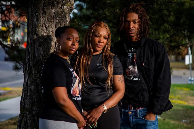 'They haven't even apologized,' says mother of man killed by police after calling 911