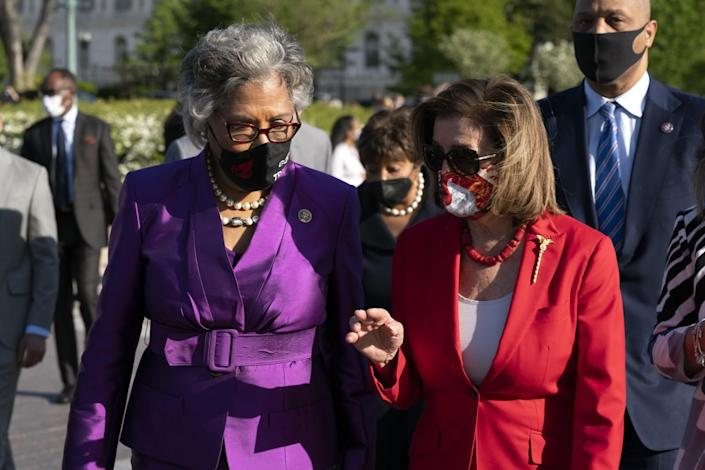 House Speaker Nancy Pelosi speaks with Rep. Joyce Beatty