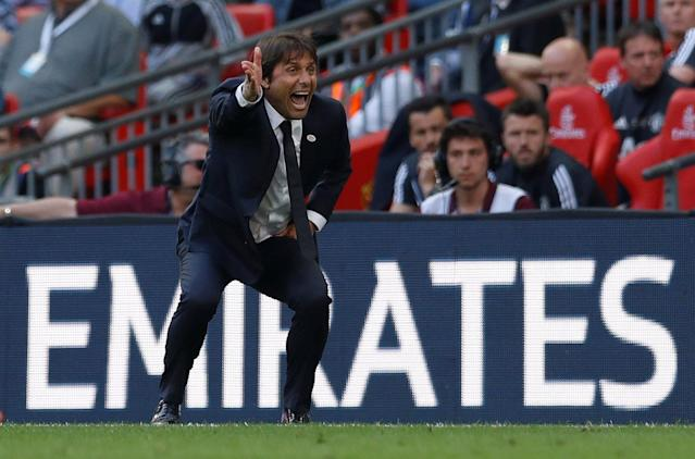 Soccer Football - FA Cup Final - Chelsea vs Manchester United - Wembley Stadium, London, Britain - May 19, 2018 Chelsea manager Antonio Conte reacts during the match Action Images via Reuters/Andrew Couldridge