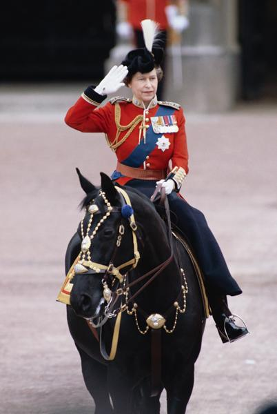 the-queen-riding-a-horse-