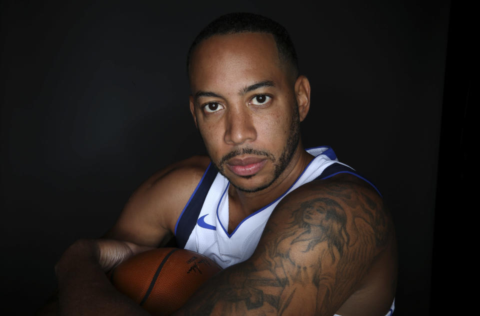 Mavericks guard Devin Harris lost his brother in a fatal car accident in Dallas on Thursday. (AP)