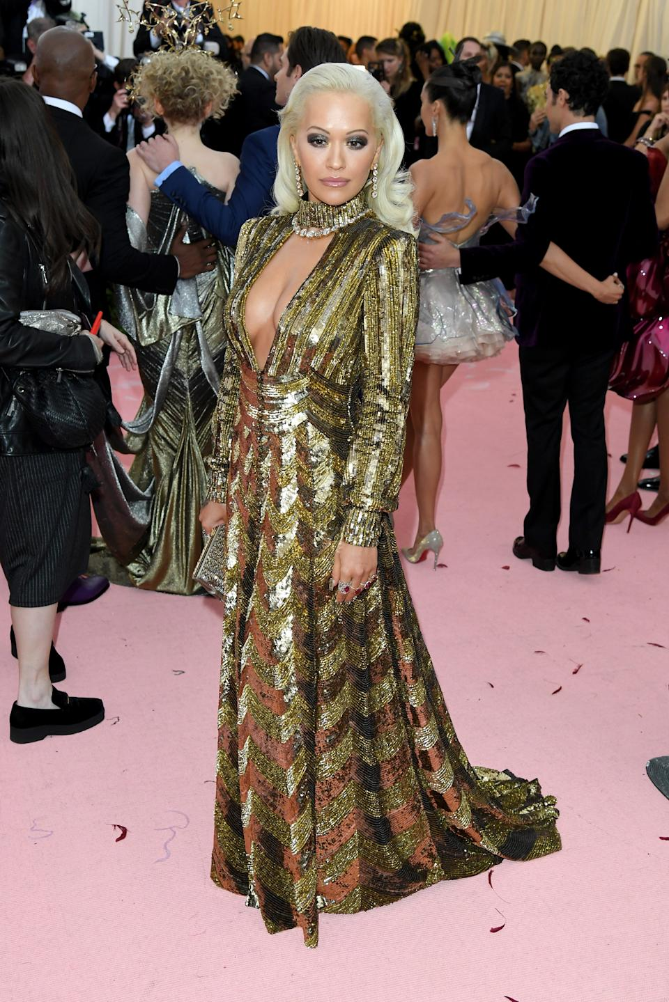 """<h1 class=""""title"""">Rita Ora in Marc Jacobs wearing Lorraine Schwartz, Harry Kotlar, and Narcisa Pheres jewelry</h1><cite class=""""credit"""">Photo: Getty Images</cite>"""