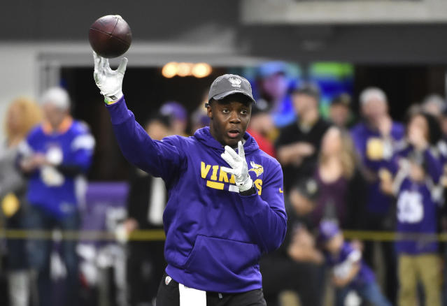 Teddy Bridgewater got loose before the Cincinnati game, and it paid off. (AP)