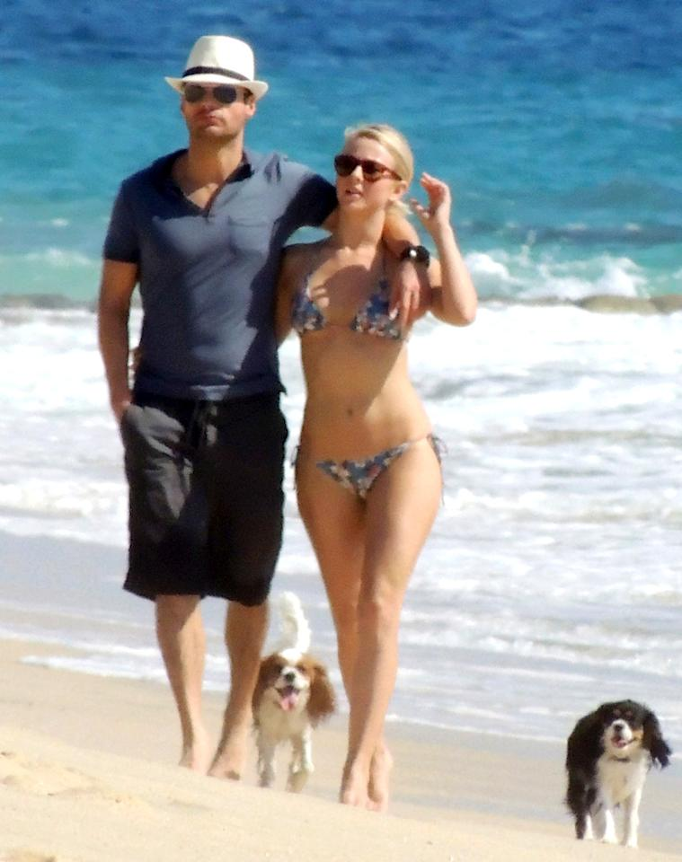"""50953168 Exclusive...""""Rock of Ages"""" star Julianne Hough and her producer beau Ryan Seacrest take a walk on the beach in Cabo San Lucas on November 24th, 2012. No Internet Use Without Prior Agreement """"Rock of Ages"""" star Julianne Hough and her producer beau Ryan Seacrest take a walk on the beach in Cabo San Lucas on November 24th, 2012. No Internet Use Without Prior Agreement FameFlynet, Inc - Beverly Hills, CA, USA -  1 (818) 307-4813 RESTRICTIONS APPLY: USA/AUSTRALIA ONLY"""