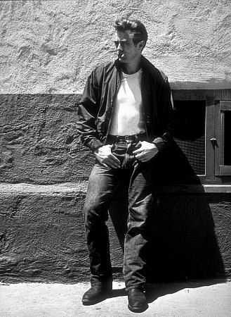 Teenagers embraced blue jeans in the 1950s when Hollywood movies introduced jeans as a fashionable statement piece of rebellion against the status quo. Light washes, cuffed denim styles and black basic jeans were the regnant jeans trends among men. Women rarely wore denim during the 1950s.