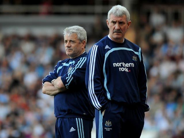 Newcastle manager Kevin Keegan and his assistant Terry McDermott (right)