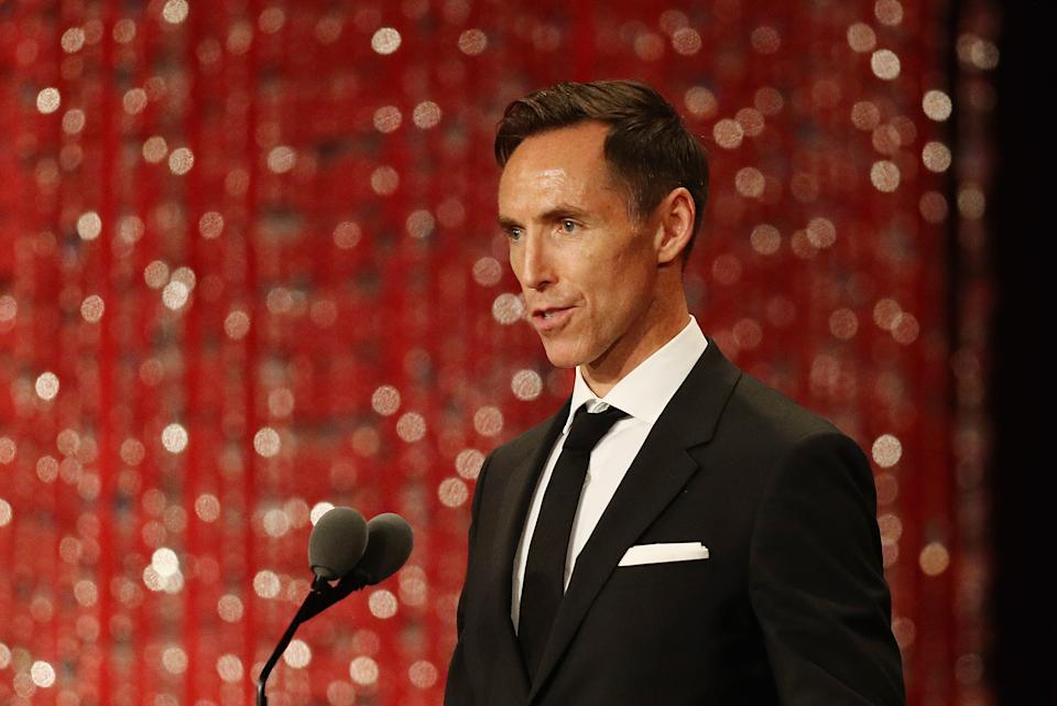 SPRINGFIELD, MA - SEPTEMBER 07:  Naismith Memorial Basketball Hall of Fame Class of 2018 enshrinee Steve Nash speaks during the 2018 Basketball Hall of Fame Enshrinement Ceremony at Symphony Hall on September 7, 2018 in Springfield, Massachusetts.  (Photo by Maddie Meyer/Getty Images)