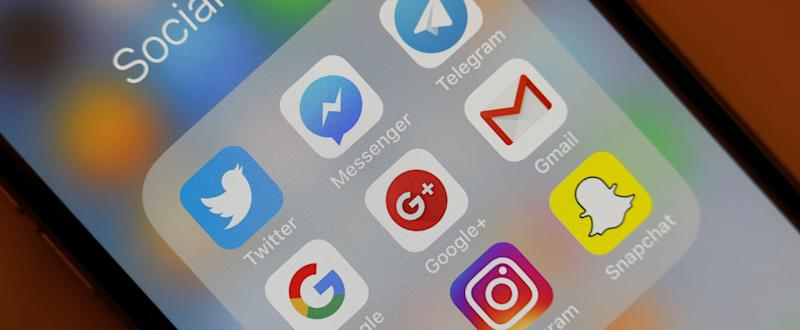 Keeping Your Apps Organized Just Got So Much Easier, Thanks to This Cool iPhone Feature