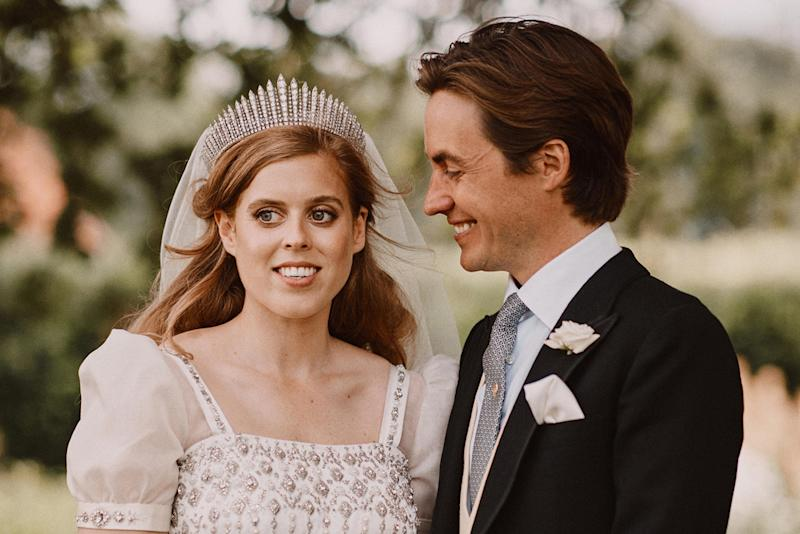 Queen Elizabeth Gifted Princess Beatrice Her Wedding Dress In