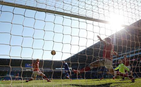 Soccer Football - Championship - Cardiff City vs Bristol City - Cardiff City Stadium, Cardiff, Britain - February 25, 2018 Cardiff City's Kenneth Zohore scores their first goal Action Images/Matthew Childs