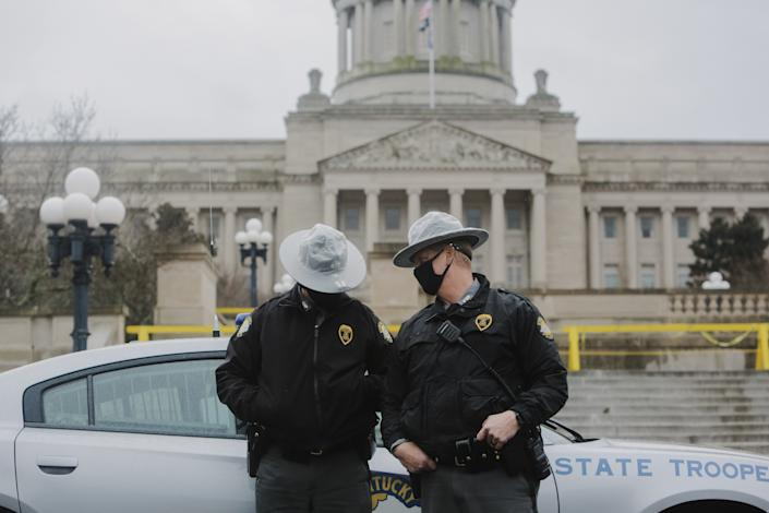 Kentucky state police officers