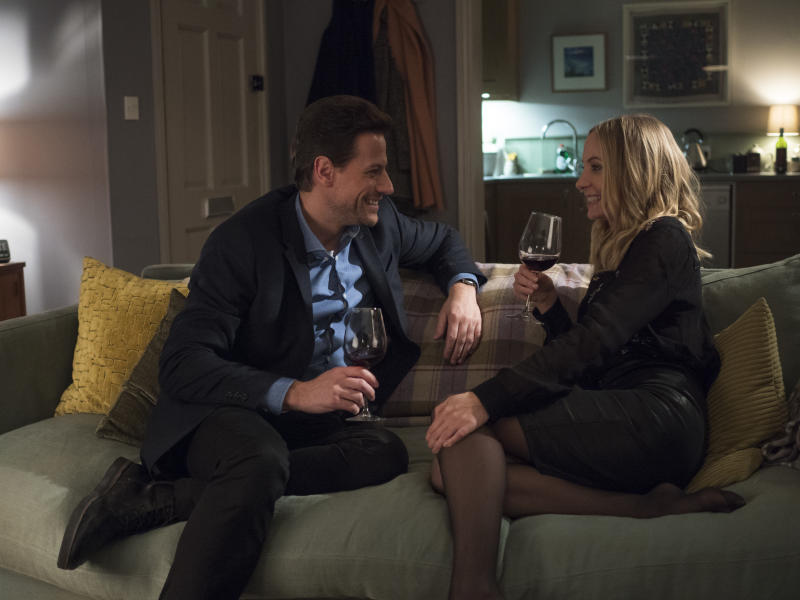 Ioan Gruffudd as Andrew Earlham, Joanne Froggatt as Laura Nielson in 'Liar' (Photo: Sundance)