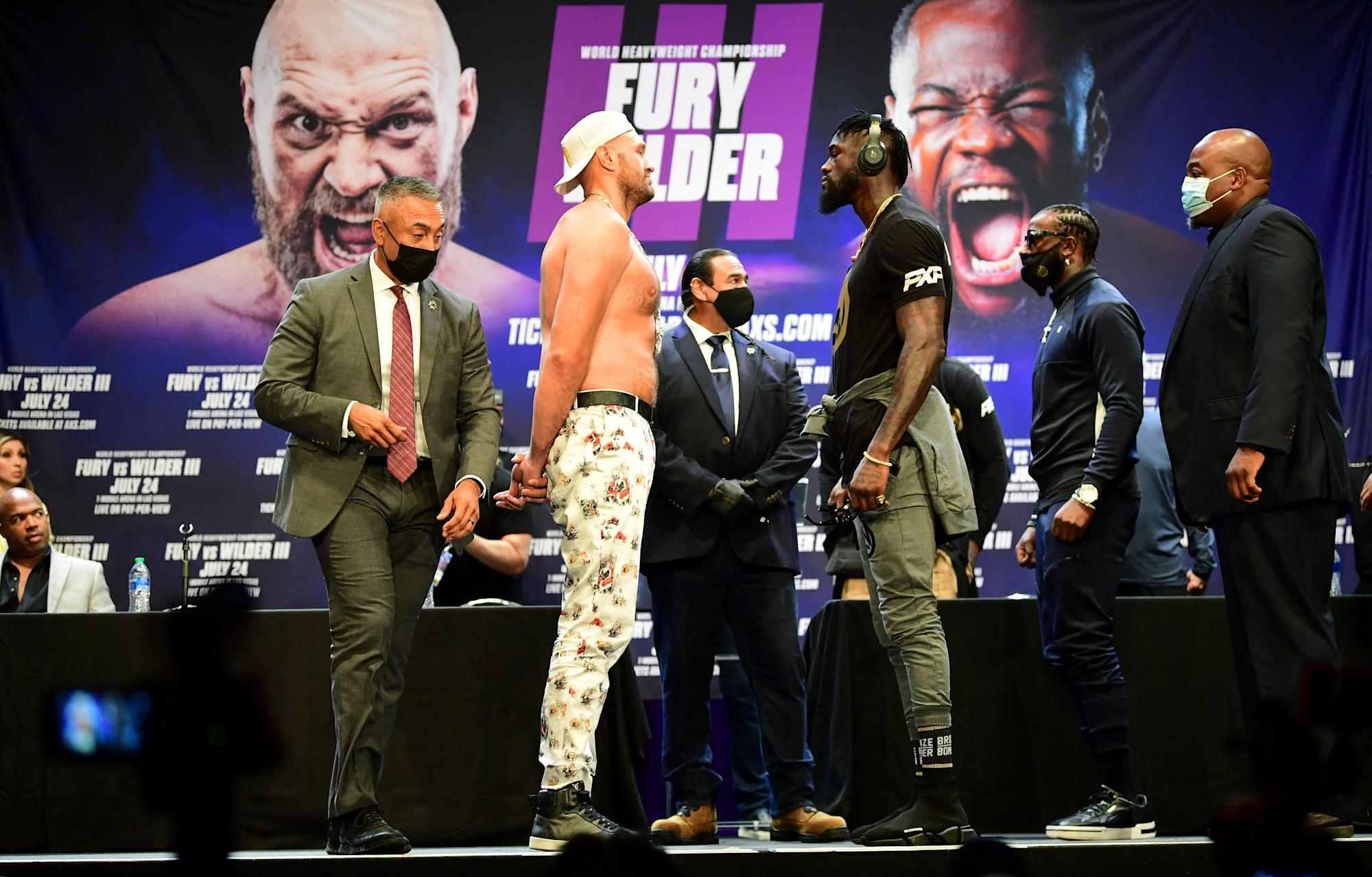 Tyson Fury-Deontay Wilder fight reportedly could be postponed due to COVID outbreak in Fury's camp